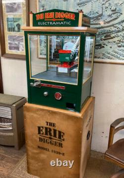 ARCADE CRANE DIGGER for HOME GAME ROOM or COLLECTION. UNIQUE! GUARANTEED